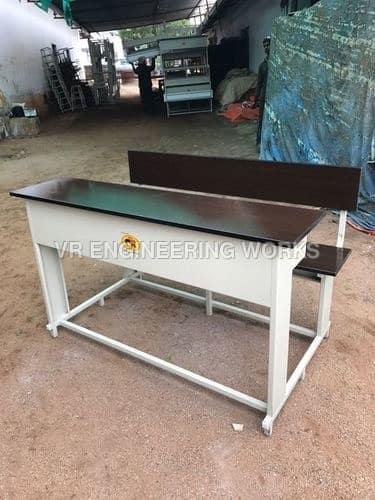 3-Seater-College-Desk