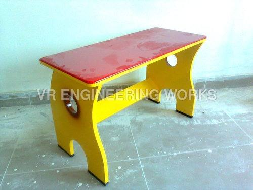 Kids-Sitting-Table